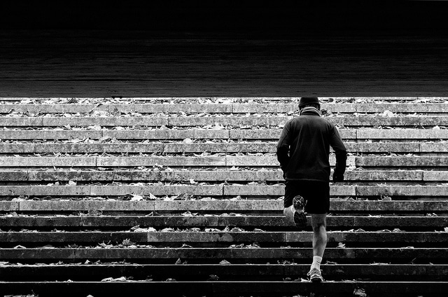 runner doing Staircase Workout