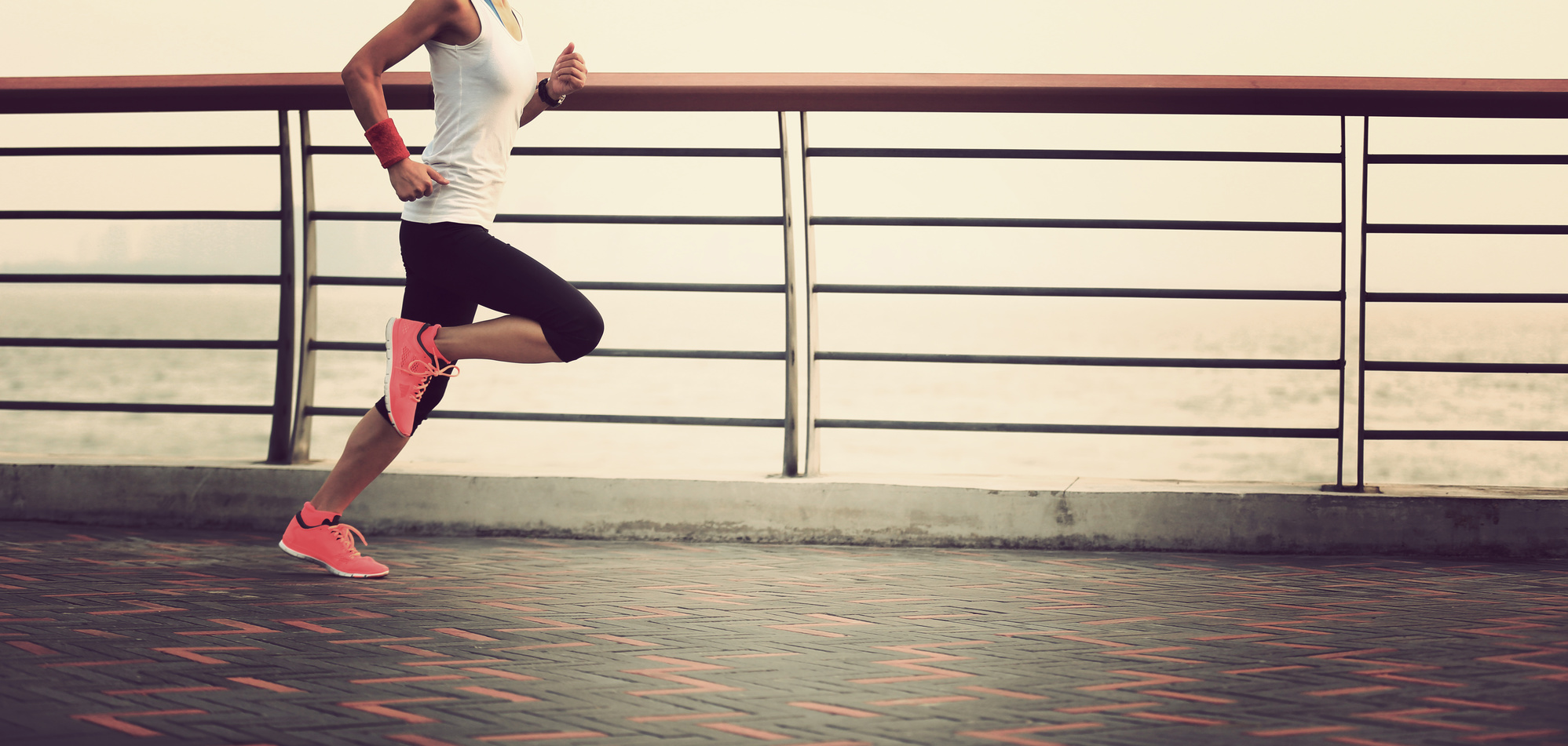 how to run with Flat Feet